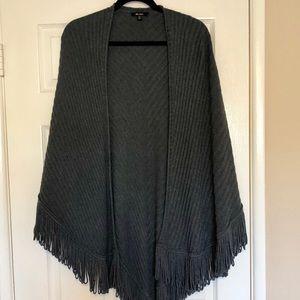 Ella Moss - Gray Fringe Sweater Cape XS/S